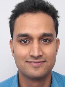 Rohit Singh vor der Behandlung