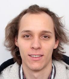 Stefan Dominik B. prima del trattamento