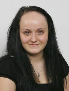 Stefanie Grill prima del trattamento