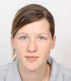 Cornelia Ohrt prima del trattamento