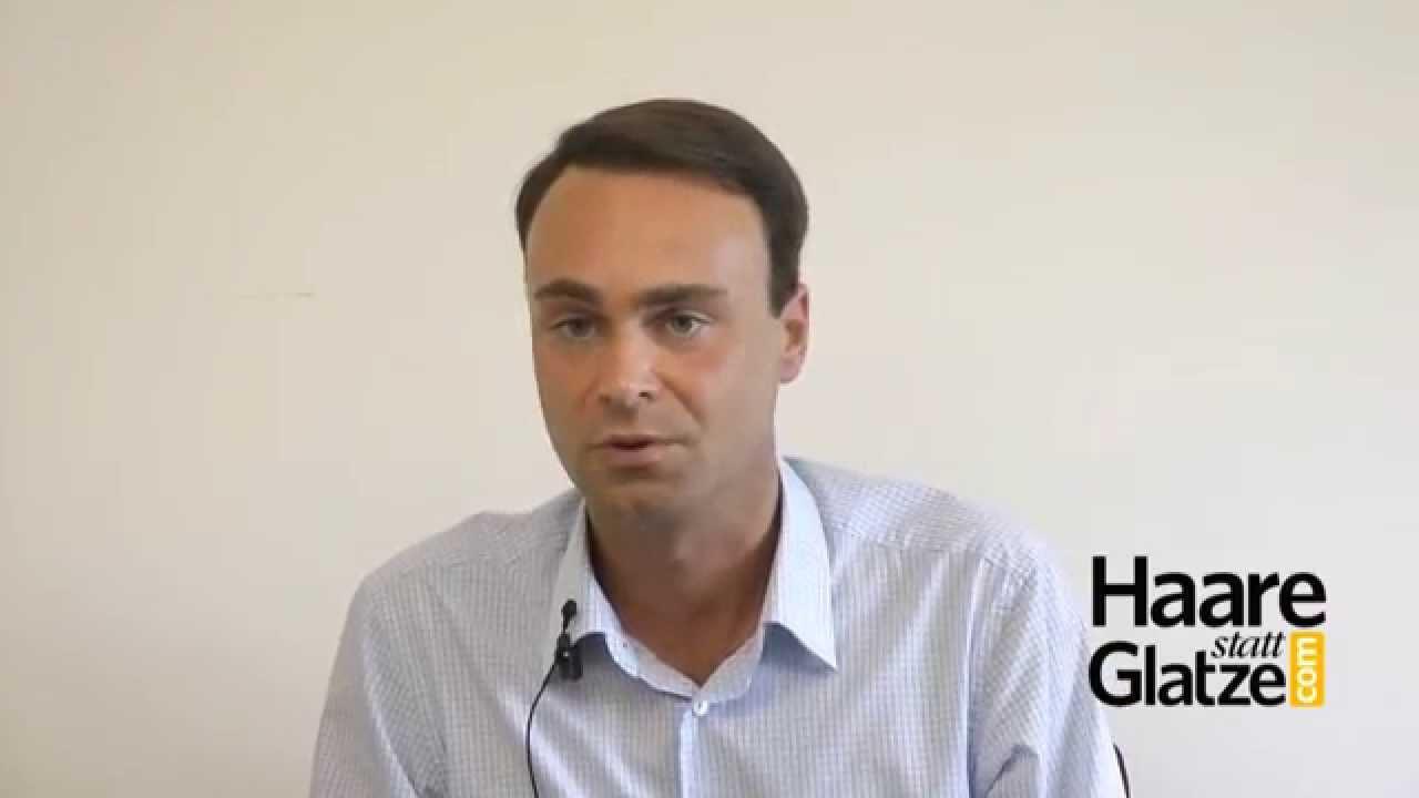 Moser Medical Patient beantwortet Fragen zur Haartransplantation