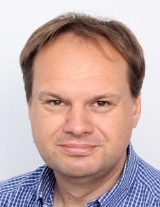 Thomas Weiß prima del trattamento